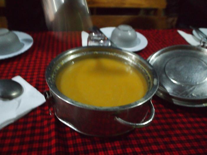 ベジタブル、マシュルームと毎回味が変わるスープ。でも奇をてらっていない、素朴な美味しさ。