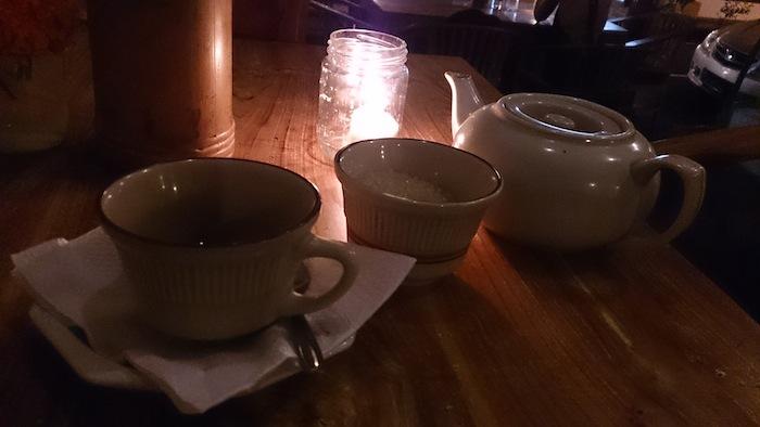 晩ご飯の後にコーヒーを頼んだらポットで出てきたよ