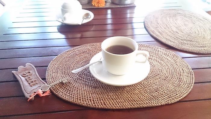 朝のお茶。おなかにやさしい。