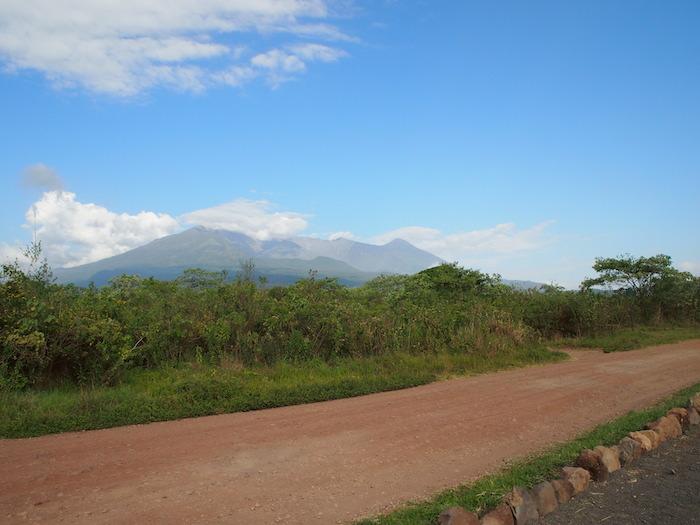 お山もちゃんと見えます。これはメルー山
