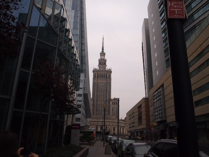 曇り空がよく似合うポーランドの街並み