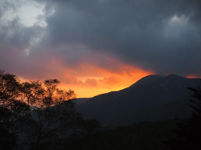 そして日の入りにはこんな夕焼けが