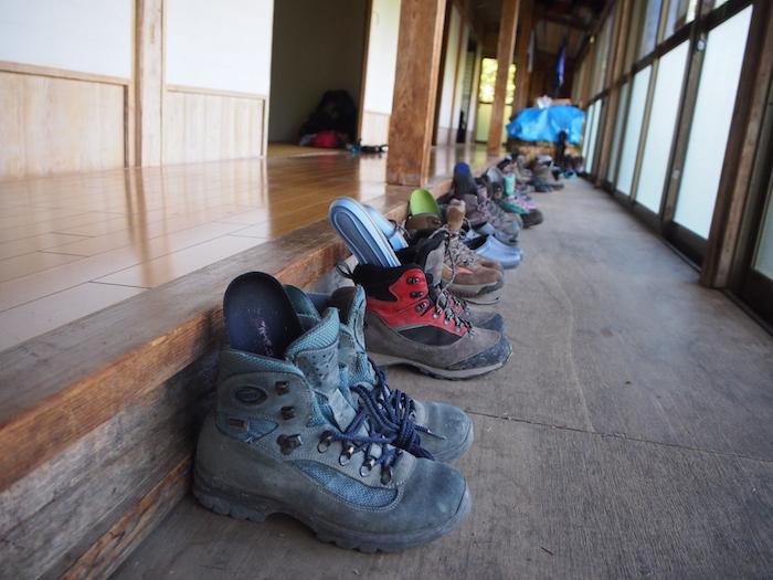 登山靴はインソールを上げて湿気をとっておくのがコツだそう