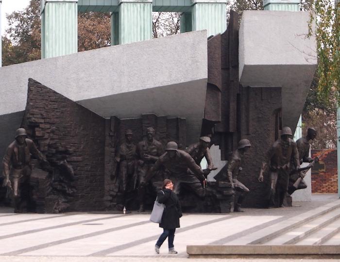 ワルシャワ蜂起記念碑
