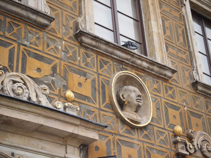 ヨーロッパは広場文化かつ生首文化・・・