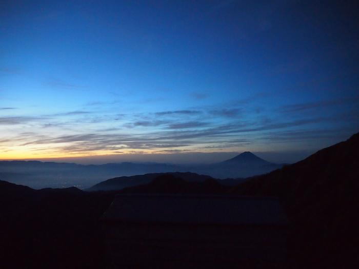 富士山のシルエットが美しすぎ