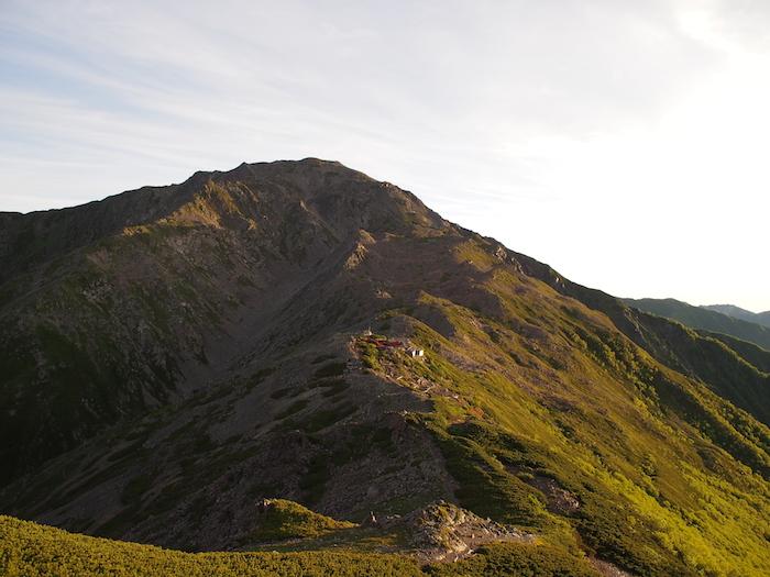 この山が西農鳥岳