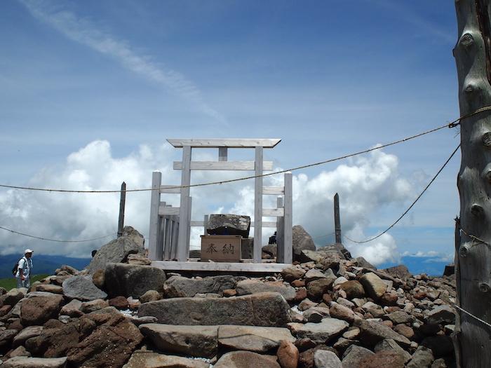これが山頂神社