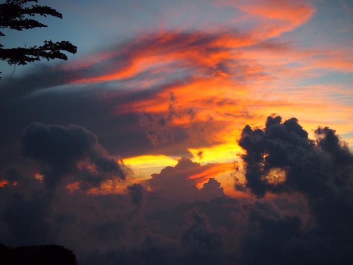 夕日はなくても雲が美しかった