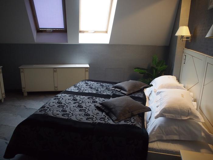 屋根裏部屋ぽいベッドルーム